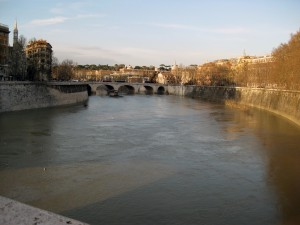 A view of the Fiume Tevere (river).