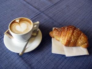 Cappuccino & croissant!
